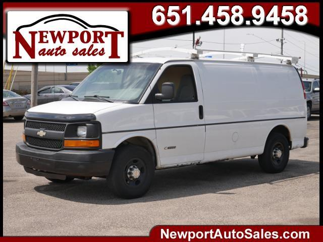 "Chevrolet Express Cargo Van 3500 135"" WB RWD Y3G Mobility 2005"