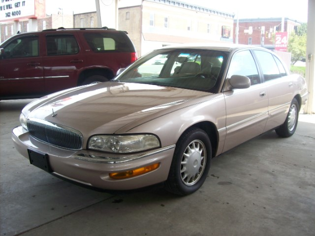 1999 Buick Park Avenue 4dr Sdn