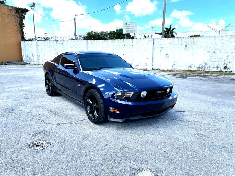 Ford Mustang GT Coupe 2012