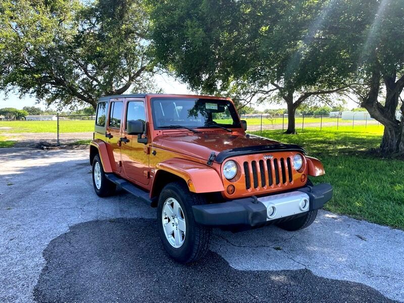 Jeep Wrangler Unlimited Sahara 4WD 2011