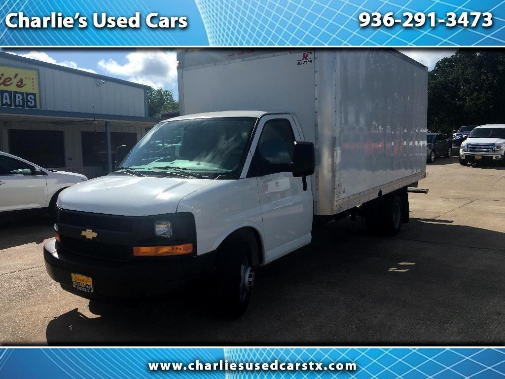 2015 Chevrolet Express Commercial Cutaway 3500 Van 177