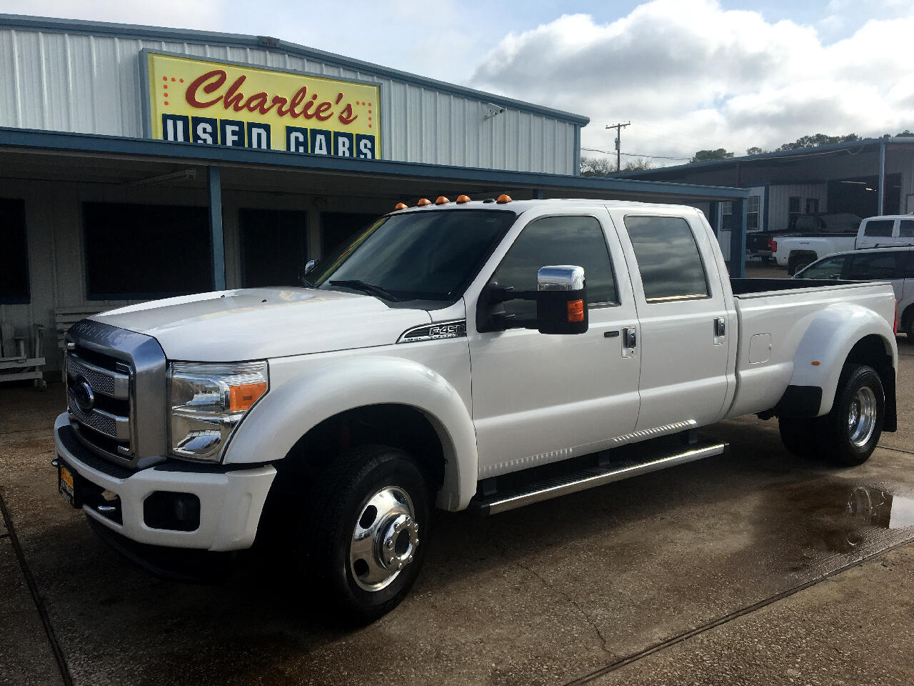 "2014 Ford Super Duty F-450 DRW 4WD Crew Cab 172"" Platinum"