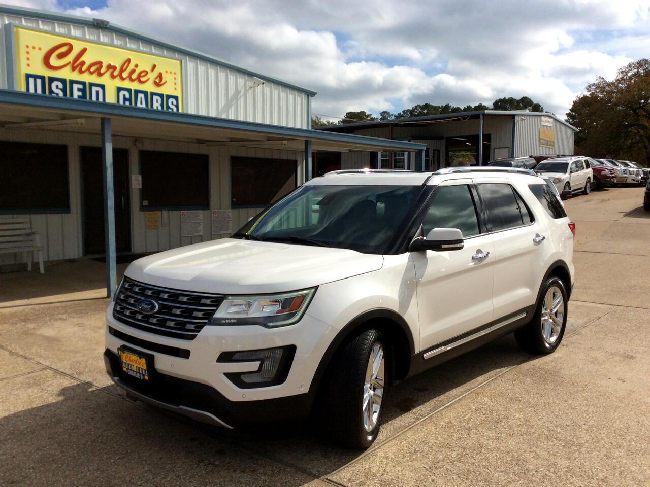 Ford Explorer Limited 2WD 2017