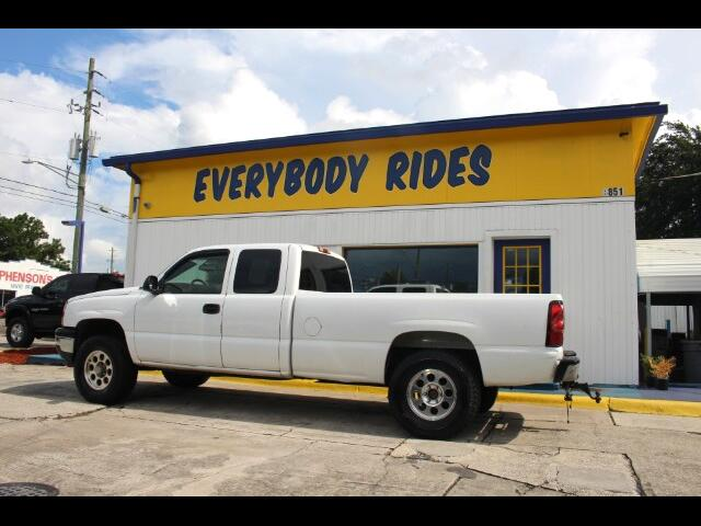 2006 Chevrolet Silverado 2500HD Work Truck Crew Cab Long Box 4WD