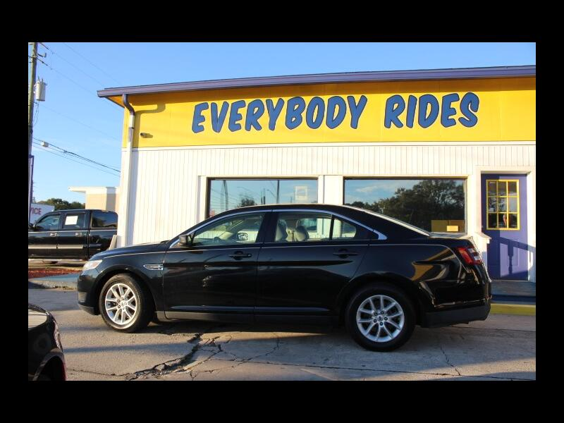 2013 Ford Taurus Base