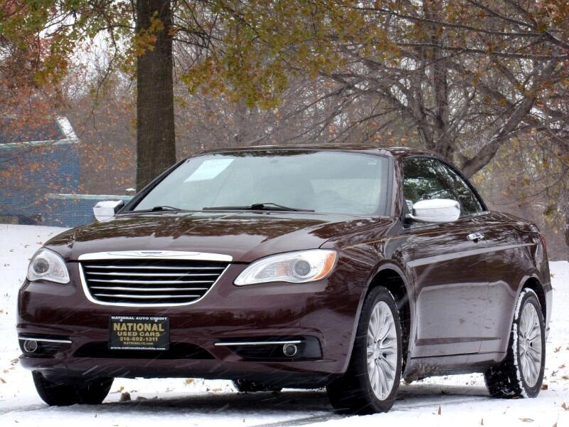 Chrysler 200 Limited Convertible 2012