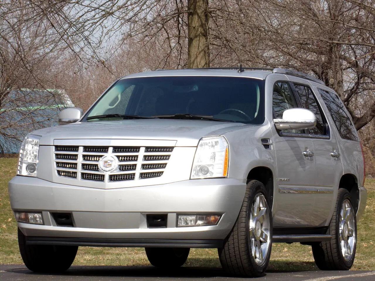 Cadillac Escalade AWD 2011