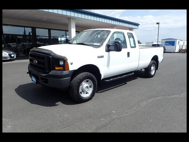 2006 Ford F-250 SD XL SuperCab Long Bed 4WD