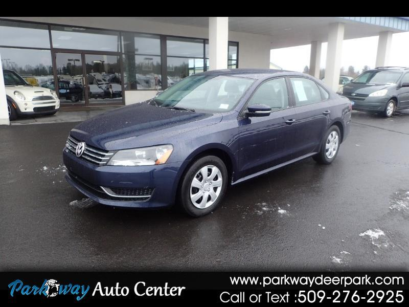 2014 Volkswagen Passat 4dr Sdn 2.5L Manual S PZEV *Ltd Avail*