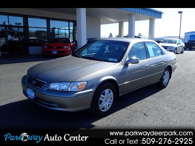 Toyota Camry 4dr Sdn LE Auto 2001