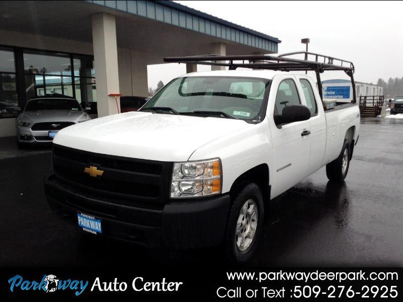 """Chevrolet Silverado 1500 4WD Ext Cab 157.5"""" Work Truck 2012"""