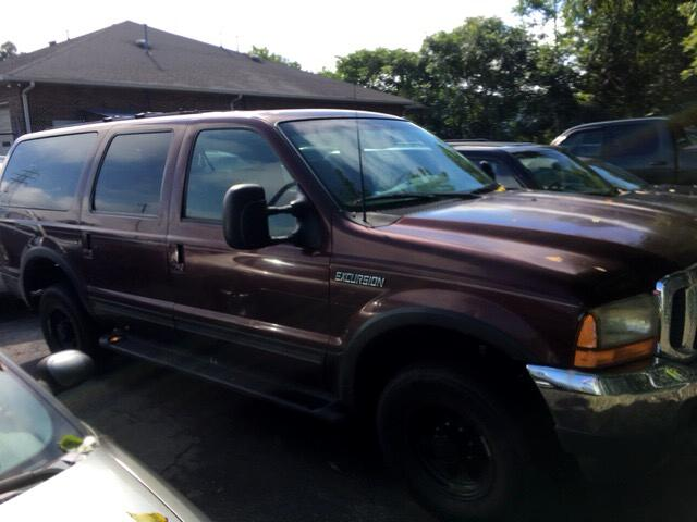 "2000 Ford Excursion 137"" WB Limited 4WD"
