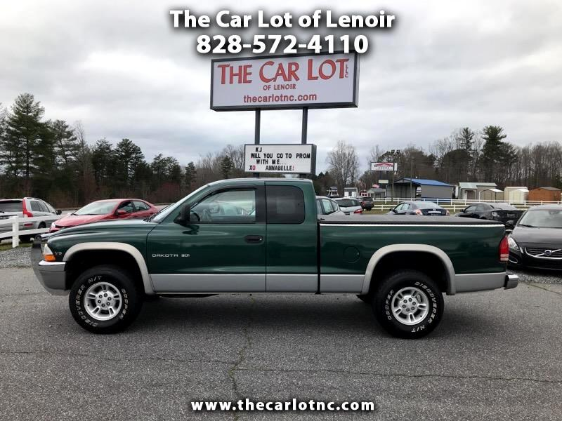 "1998 Dodge Dakota Club Cab 131"" WB 4WD SLT"