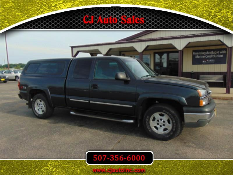Chevrolet Silverado 1500 LS Ext. Cab Short Bed 4WD 2005