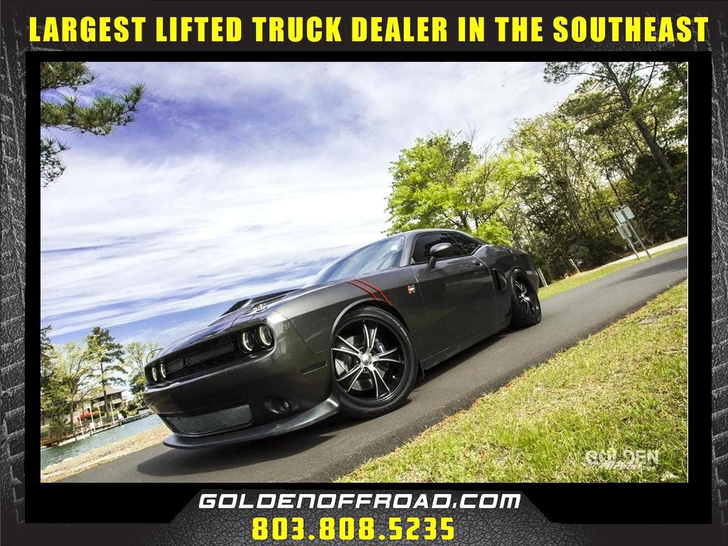 2016 Dodge Challenger R/T Scat Pack 6.4L Hemi V8 RWD 6 Spd Manual Nitto