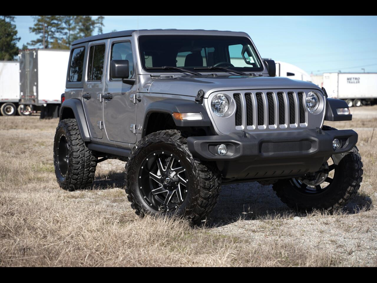 2018 Jeep Wrangler JL Unlimited Lifted 37's Only 200 Miles Hard Top!