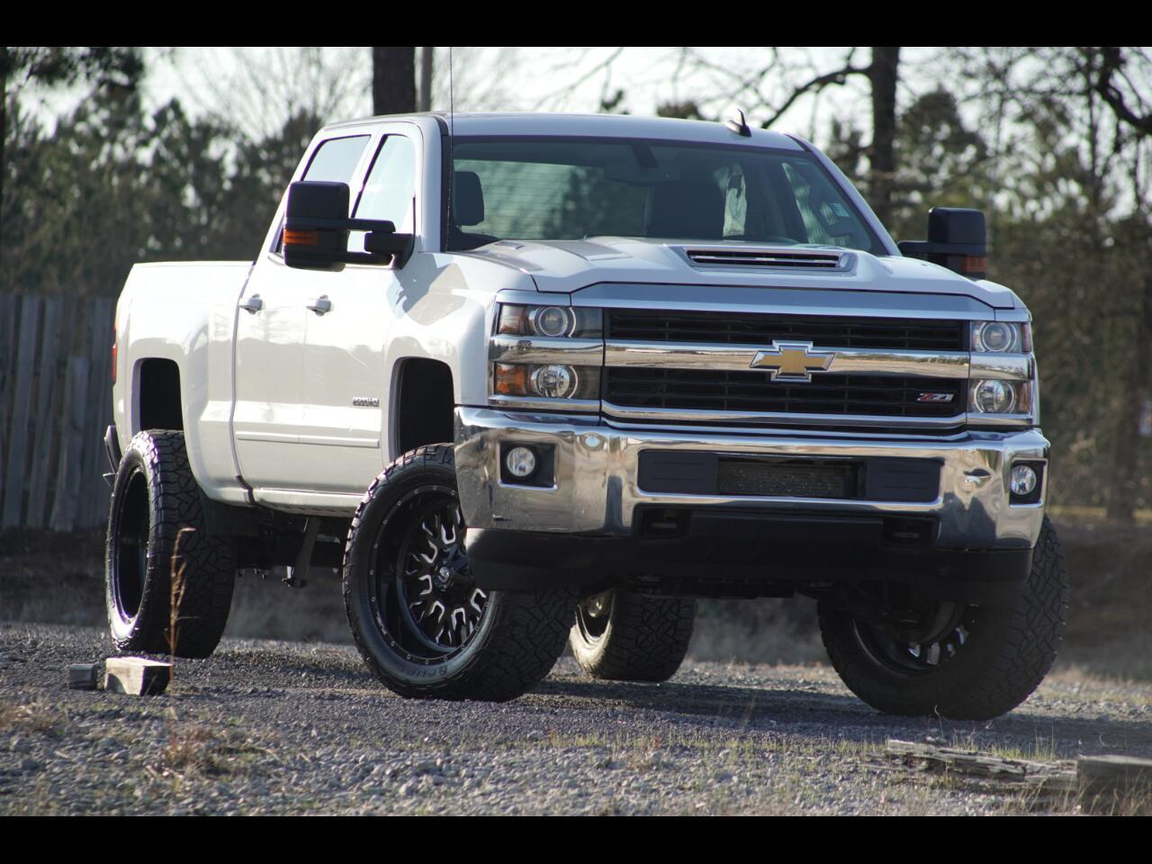2017 Chevrolet Silverado 2500HD Lifted Duramax 4WD Crew Cab LT Leather Fuel Offroa