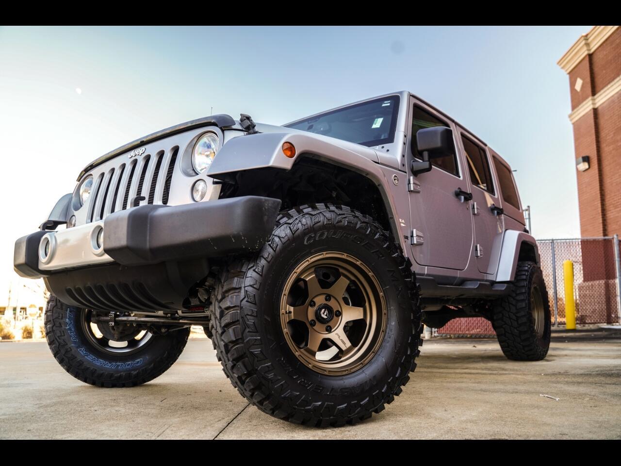 2014 Jeep Wrangler Unlimited 4WD 4dr Sahara
