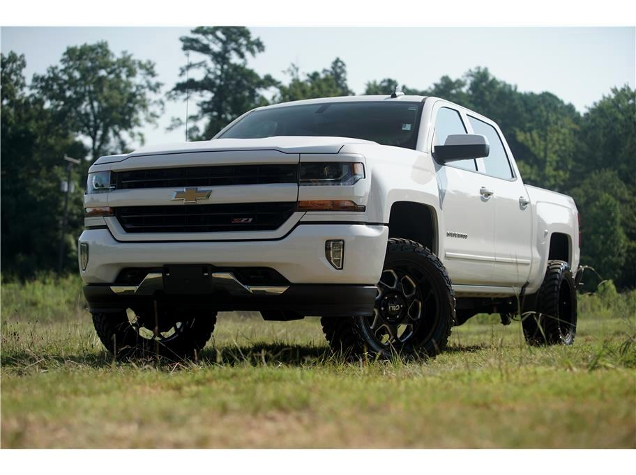 2017 Chevrolet Silverado 1500 4WD Crew Cab Lifted LT Upgrades Great Package!