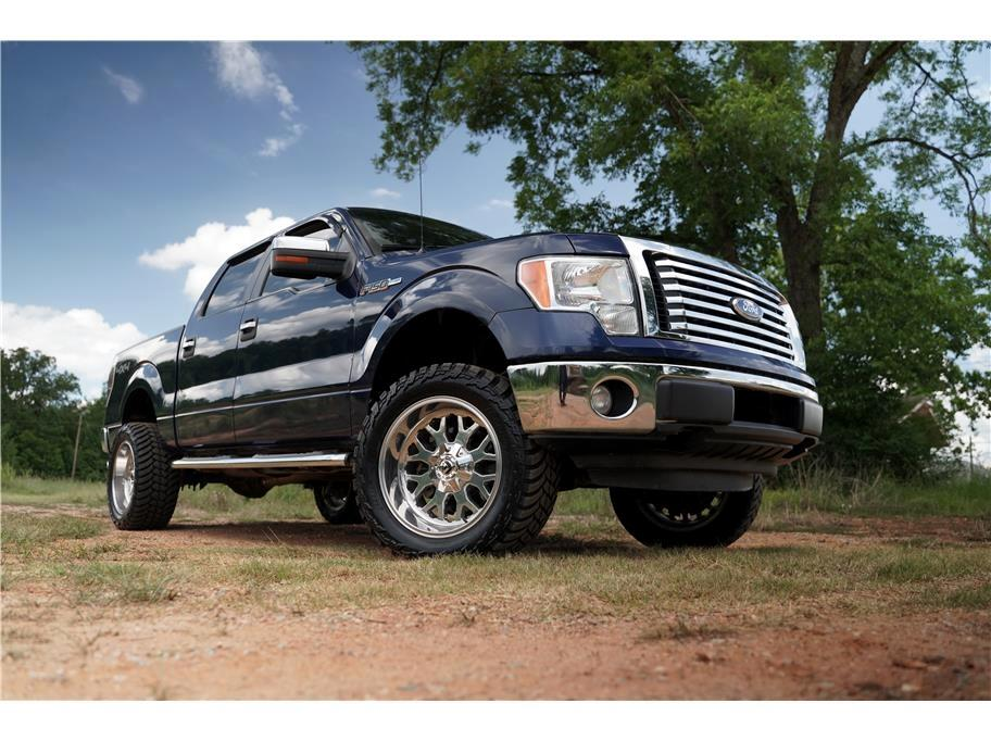 "Ford F-150 4WD SuperCrew 145"" XL 2012"