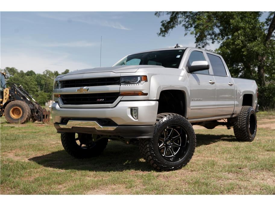 2018 Chevrolet Silverado 1500 4WD Crew Cab Lifted Extras LT Z71 Must See!!!