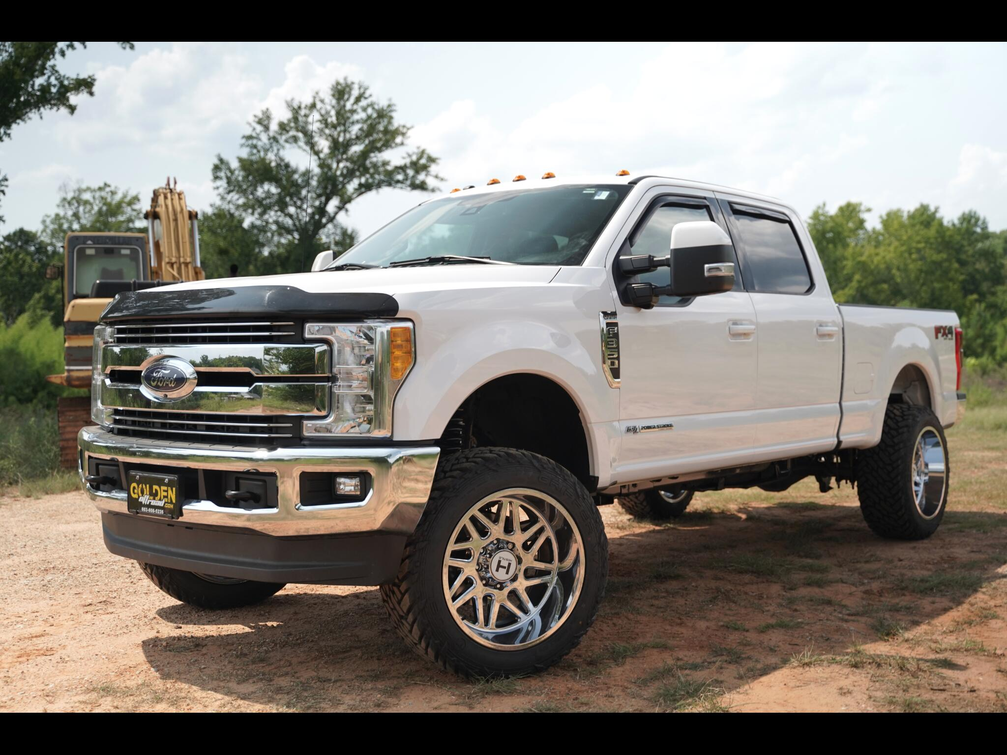 2017 Ford Super Duty F-350 SRW Lariat Crew Cab Loaded Lifted Tons Of Extras Diese
