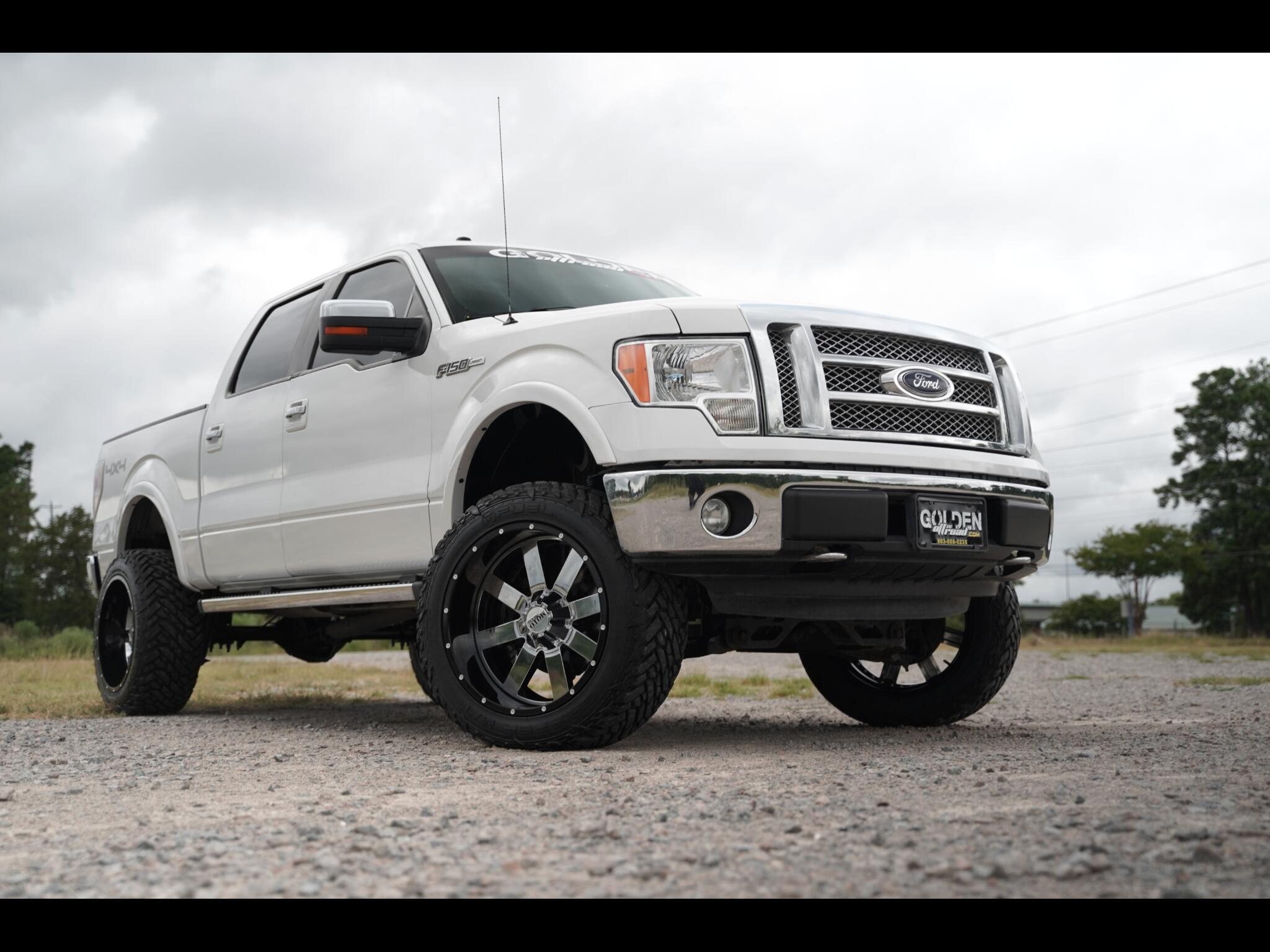 2011 Ford F-150 4WD Super Crew Lariat Lifted