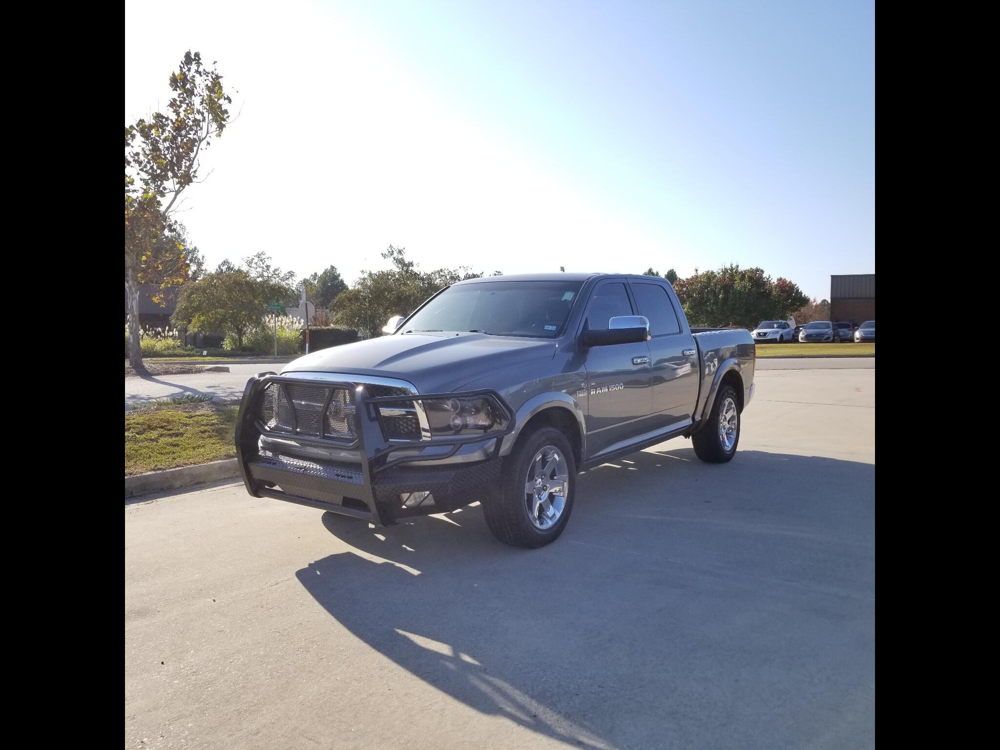 """RAM 1500 4WD Crew Cab 140.5"""" Laramie 2012"""