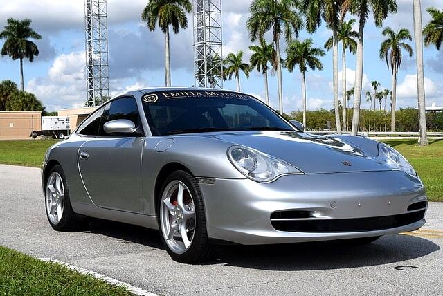 2002 Porsche 911 Carrera 2dr Carrera Cpe 6-Spd Manual