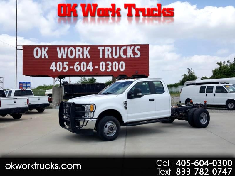 Ford F-350 SD XL SuperCab 4WD DRW 2017