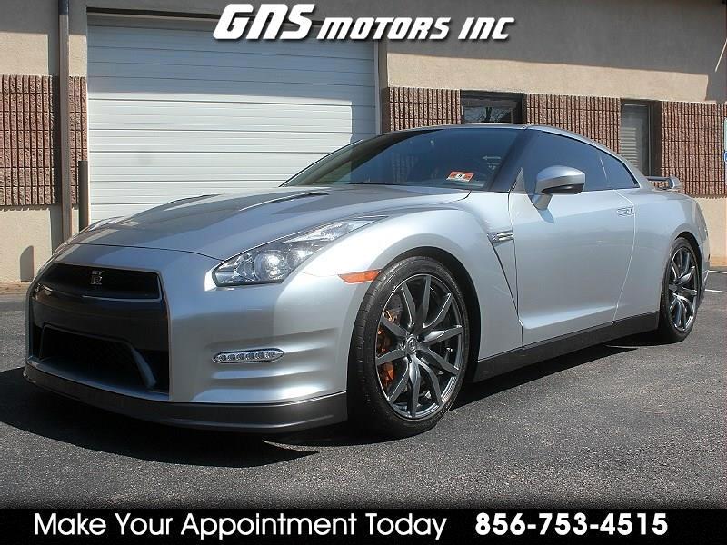 2012 Nissan GT-R 2dr Cpe Premium