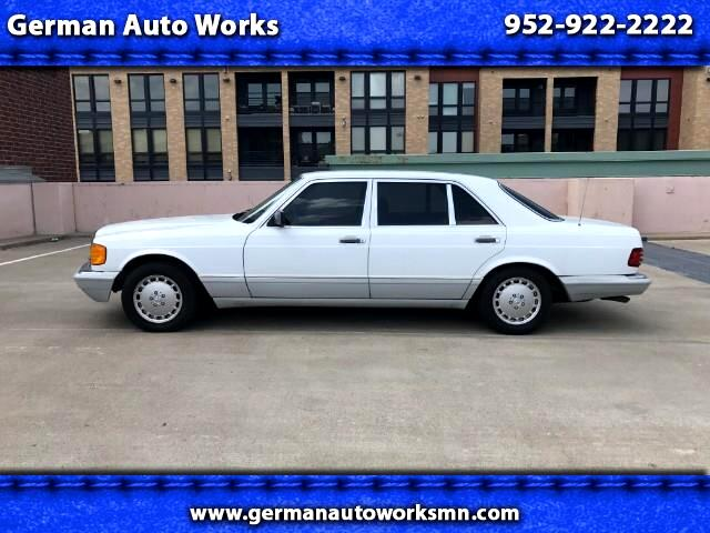 1989 Mercedes-Benz 420 SEL sedan