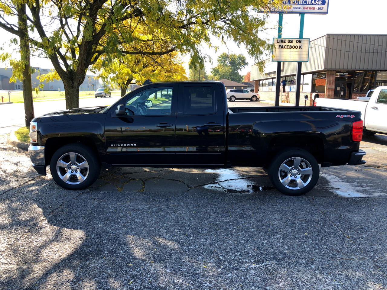 "2016 Chevrolet Silverado 1500 4WD Double Cab 143.5"" LT w/1LT"