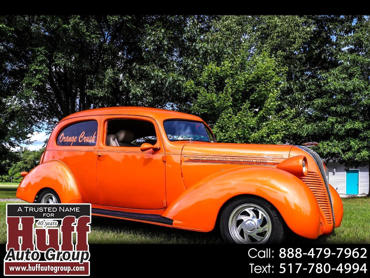 1937 Hudson 112