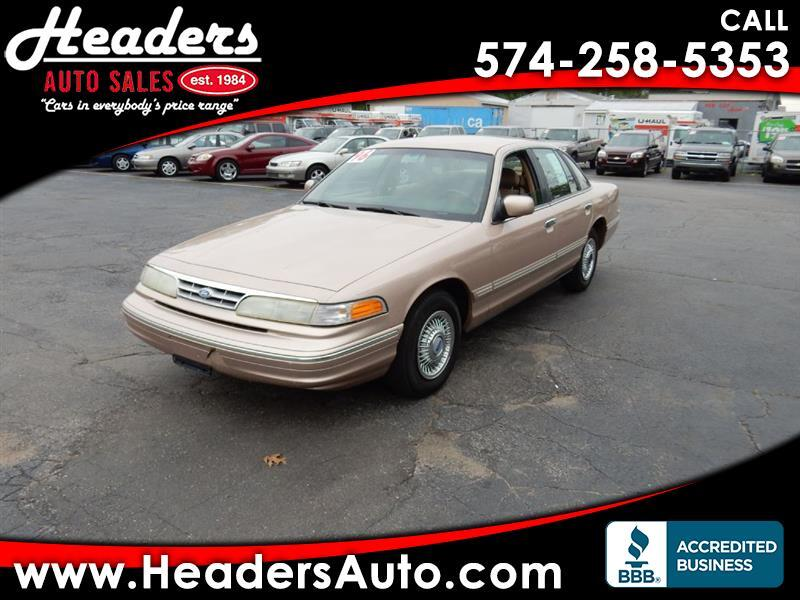 1996 Ford Crown Victoria Base
