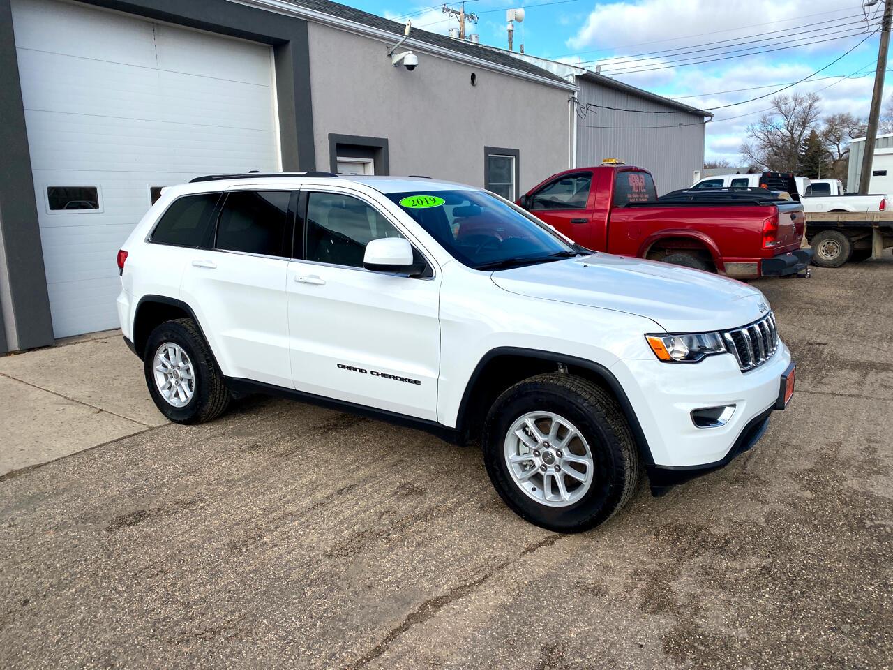 Jeep Grand Cherokee Laredo 4WD 2019