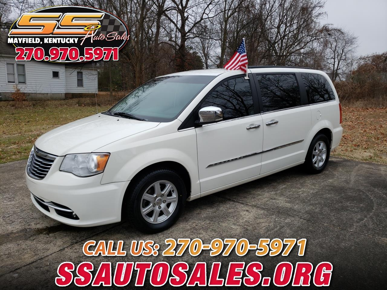 Chrysler Town & Country 4dr Limited FWD 2012