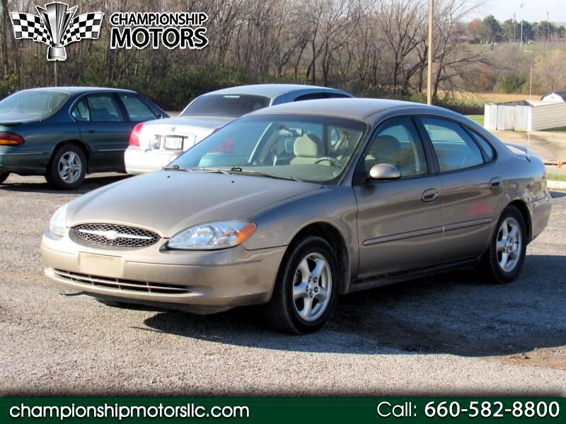 2002 Ford Taurus 4dr Sdn SE Standard