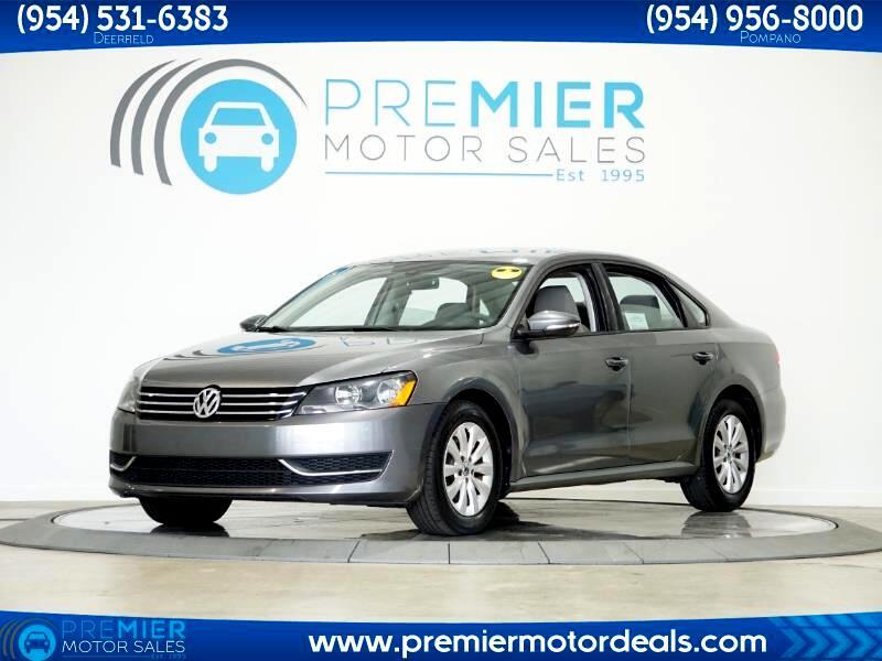 Volkswagen Passat 2.5L S 2012