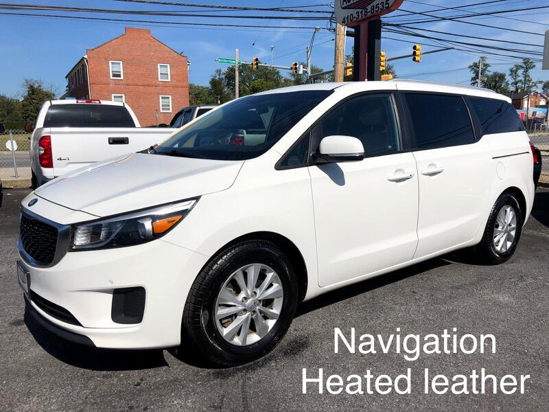 2017 Kia Sedona Navigation, Apple Carplay, Heated Leather Seats, B