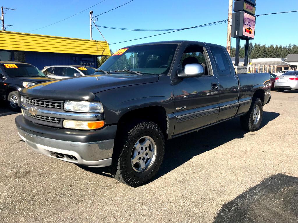 2001 Chevrolet Silverado 1500 Ext. Cab 4-Door Long Bed 4WD