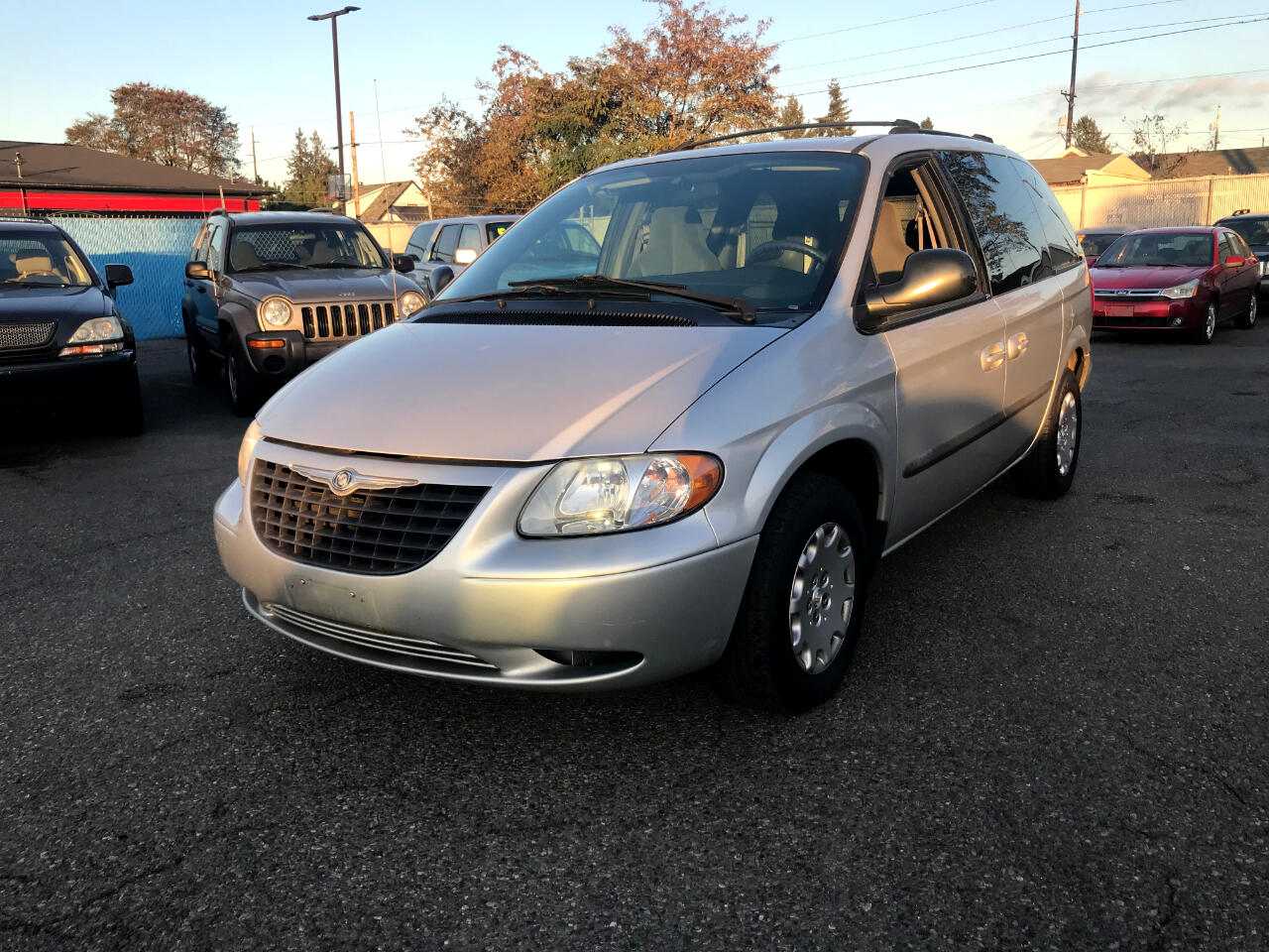 2004 Chrysler Town & Country 4dr FWD
