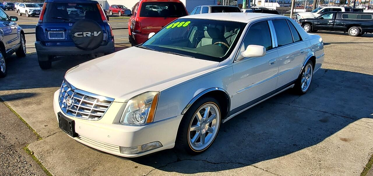 Cadillac DTS 4dr Sdn w/1SD 2006