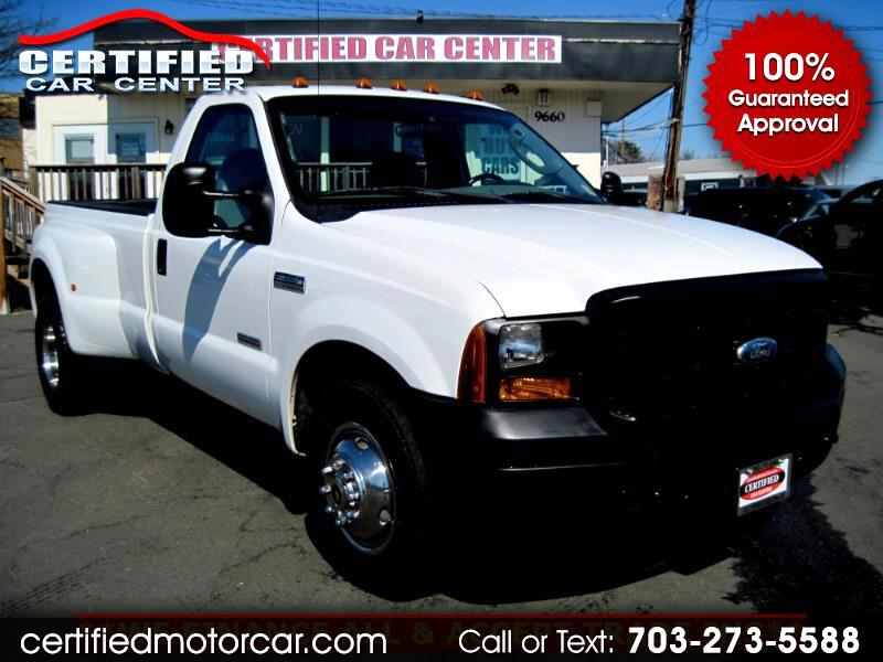 "2006 Ford Super Duty F-350 DRW Reg Cab 137"" XLT"