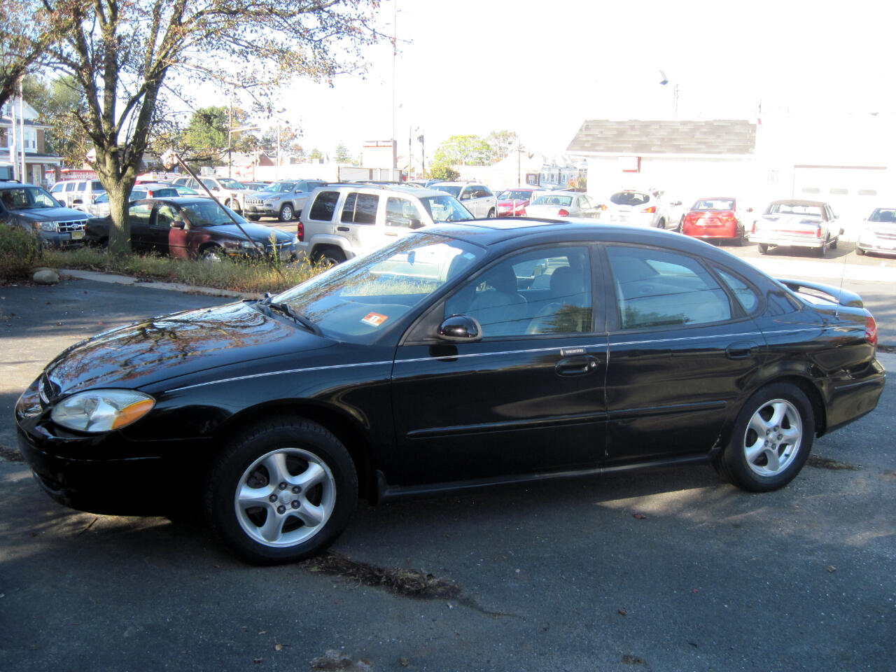 2003 Ford Taurus 4dr Sdn SES Deluxe