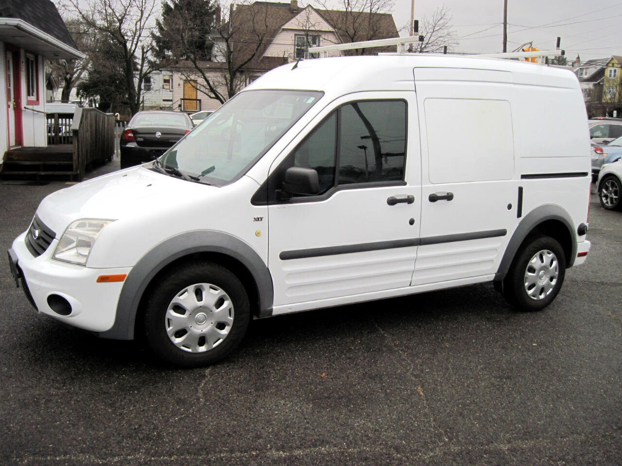 """Ford Transit Connect 114.6"""" XLT w/rear door privacy glass 2011"""