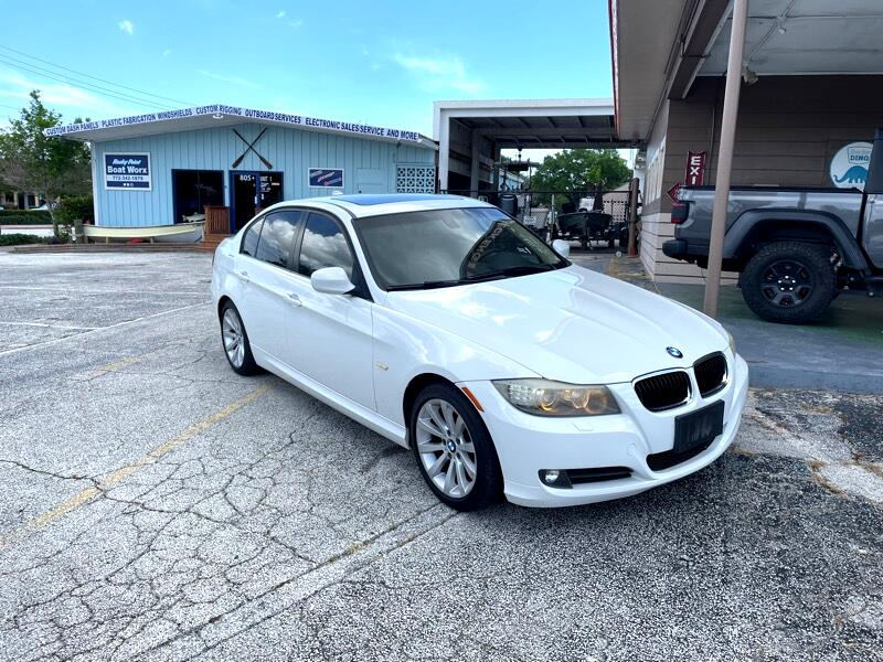 BMW 3-Series 328i SA 2011