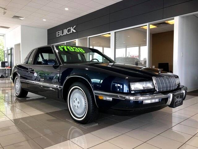 1992 Buick Riviera Base