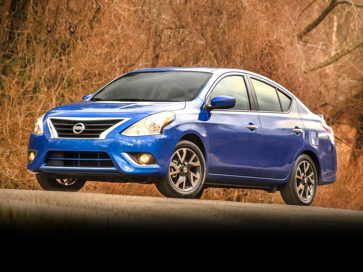 Nissan Versa Sedan  2019