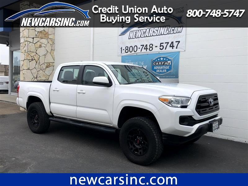 2017 Toyota Tacoma SR5 Double Cab 5' Bed I4 4x2 AT (Natl)
